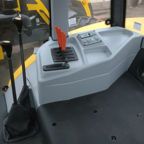 Consola Comandos Cabina Tractor
