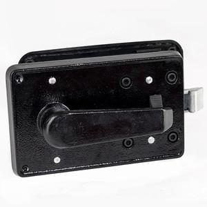 Cerradura con manija interior de giro